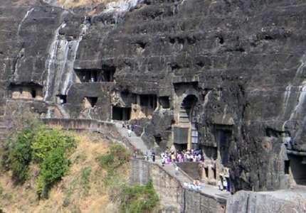 Chùa hang Ajanta và Ellora Ấn Độ