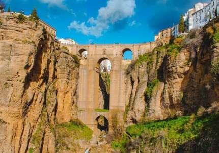 Những cây cầu nổi tiếng chỉ có tại Châu Âu