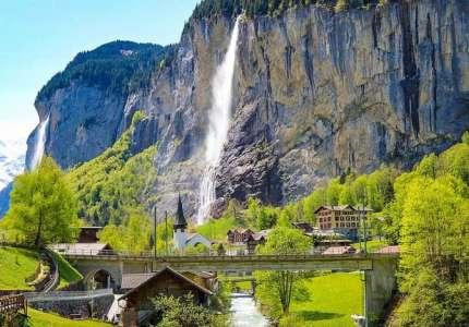 Thung lũng có 72 ngọn thác chỉ có tại Thụy Sĩ