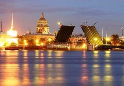 Những cây cầu nổi tiếng chỉ có ở St.Petersburg nước Nga
