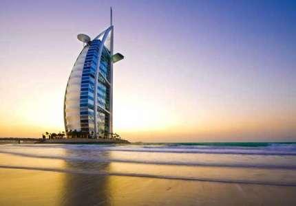 Vẻ đẹp lộng lẫy của khách sạn 7 sao Burj Al Arab tại Dubai