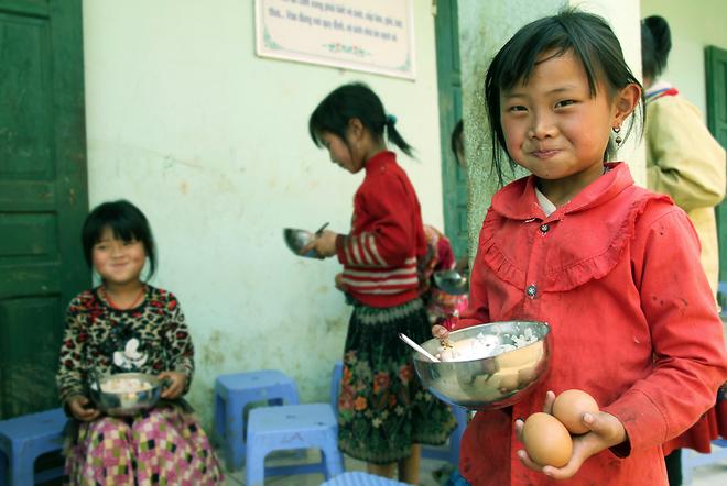Bữa cơm bán trú gần 10.000 đồng của học trò vùng cao