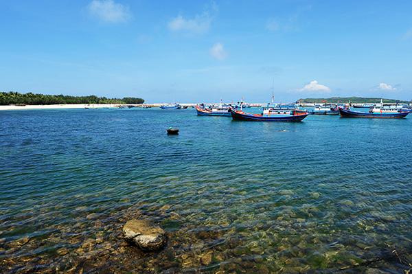 Tục cưới hỏi tối giản trên đảo Phú Quý