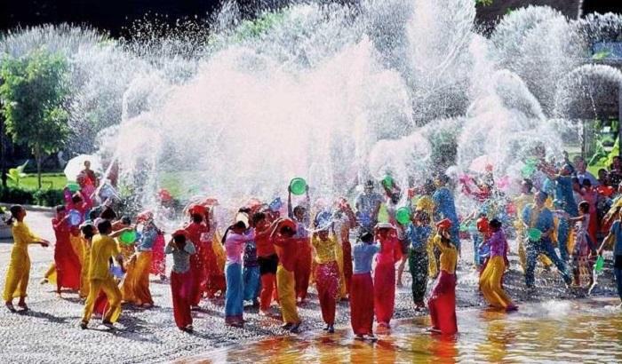 Du lịch Lào- Đông Bắc Thái - Lễ Hội Té Nước Lào 5 Ngày 4 Đêm