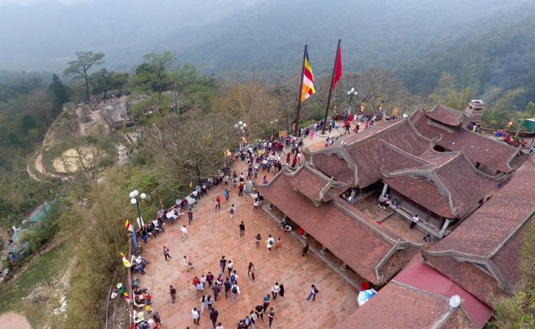 Du lịch Miền Bắc - Hạ Long - Tuần Châu - Yên Tử 4 Ngày 3 Đêm