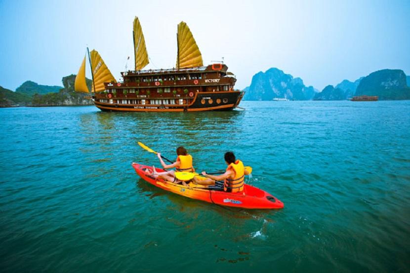 Tour Hạ Long - Đảo Cát Bà 3 ngày 2 đêm bằng tàu Golden Lotus Garden