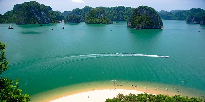 Du lịch Quảng Ninh tham gia lễ hội đầu năm 2 ngày 1 đêm